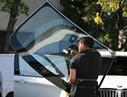Auto Glass Replacement in Glendale